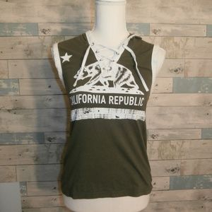 On Fire Hooded Lace-Up California Tank - F34